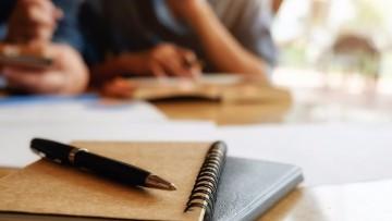 Convocatoria de capacitación en inglés y protocolo para gestores UNCuyo
