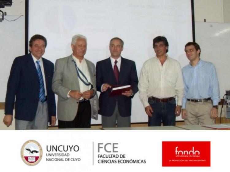 La Facultad presentó una investigación al Fondo Vitivinícola