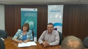 La FCE firmó un acuerdo de cooperación con el Departamento General de Irrigación
