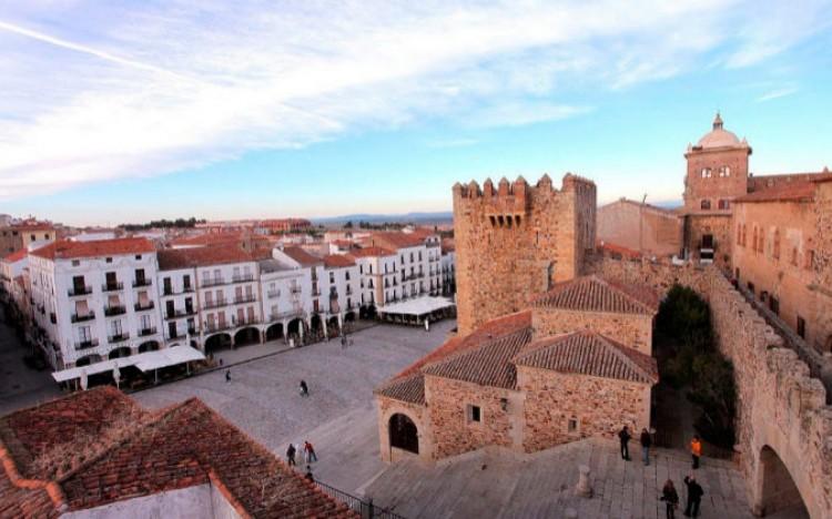 Becas de estudios para graduados en la Universidad de Extremadura