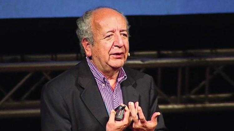 Distinción Honoris Causa al Mg. José Bernardo Toro Arango