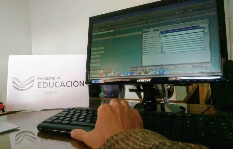 Personal de la Universidad podrá capacitarse en el uso de Bases de Datos