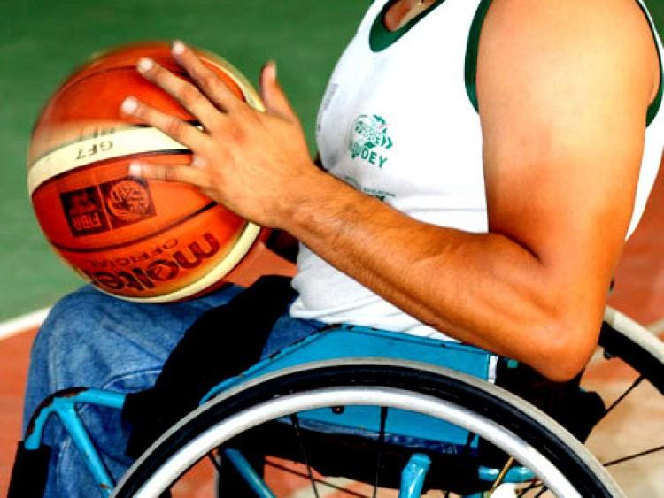 Charla \Deportes sin límites\
