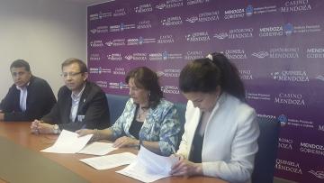 imagen que ilustra noticia Se firmó un nuevo Convenio entre el IPJyC y la Facultad de Ciencias Económicas de la UNCUYO.