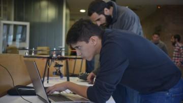 Liderazgo ágil: egresados emprendedores podrán capacitarse en un Programa Ejecutivo Online