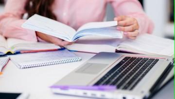 Protocolos de exámenes y presentación de trabajos de investigación