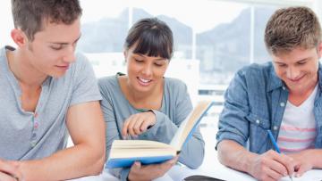 Becas para cursar Másteres Oficiales en Universidades Españolas 2019