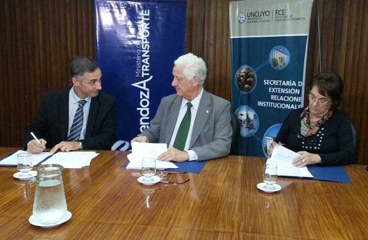 Acuerdo de colaboración y trabajo con el Ministerio de Transporte