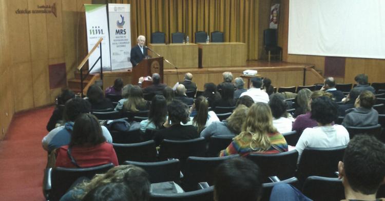 Oded Grajew realizó una conferencia en nuestra Facultad