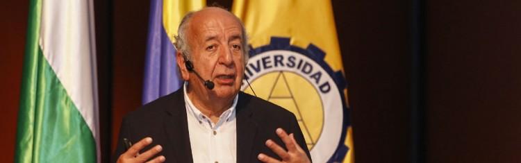 Mg. José Bernardo Toro Arango nuevo Doctor Honoris Causa de la UNCUYO