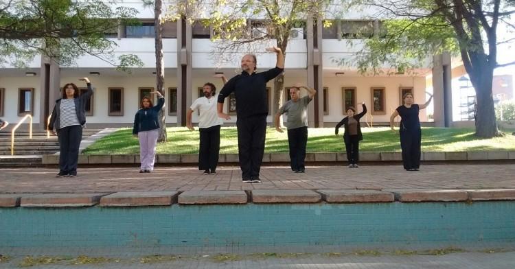 ¡Seguí en Movimiento! Comenzaron las clases de Tai Chi en el predio de nuestra Facultad