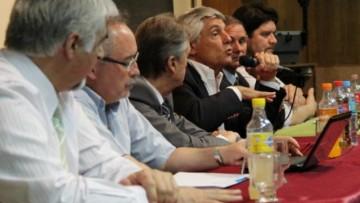 Referentes de la salud provincial conformaron un panel de debate en la Facultad