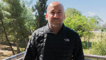 Edwin Britos egresado de la MGIRH | En exclusiva para la comunidad de la FCE UNCUYO