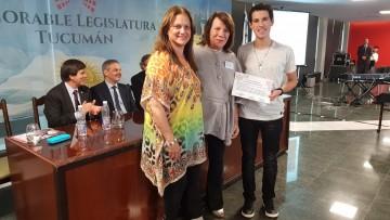 Juan Manuel Peinado, estudiante de la Facultad, premiado por trabajo de investigación