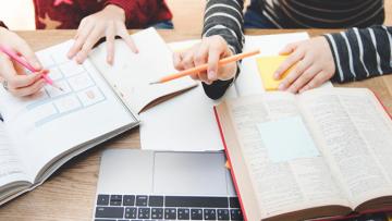 """Se extiende el plazo para participar de la convocatoria a becas de investigación y posgrado """"SIIP 2021"""""""
